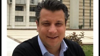 Δερμιτζάκης παρά το αρνητικό ρεκόρ κορωνοϊού: Ανοίξτε τα πάντα, έξω ο κόσμος, να ανασταλούν οι περιορισμοί στις μετακινήσεις