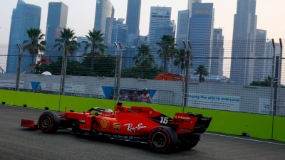 F1: Την  τρίτη κατά σειρά pole position κατέκτησε ο Leclerc στη Σιγκαπούρη