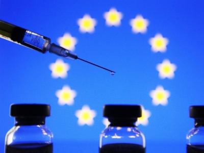 Κλιμακώνεται ο «πόλεμος των εμβολίων» μεταξύ ΕΕ και Βρετανίας