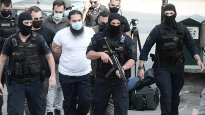 Επίθεση με βιτριόλι στη Μονή Πετράκη - Εκτός κινδύνου οι Μητροπολίτες - Στον εισαγγελέα ο δράστης