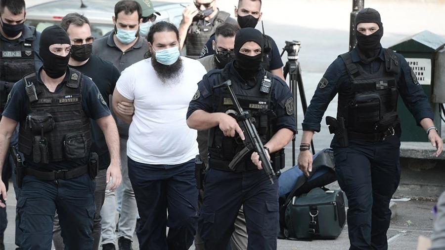 Επίθεση με βιτριόλι στη Μονή Πετράκη - Στην Ευελπίδων ο δράστης - Εκτός κινδύνου οι Μητροπολίτες