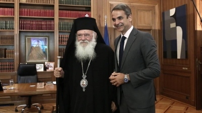 Συνάντηση Μητσοτάκη με Ιερώνυμο - Στο επίκεντρο πανδημία, όροι λειτουργίας εκκλησιών το Πάσχα