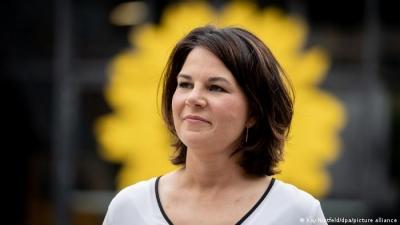 Το 35% των Γερμανών δεν θέλει την Annalena Baerbock για υποψήφια Καγκελάριο των Πρασίνων