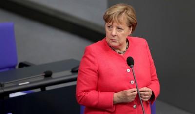 Merkel: Για να ελεγχθεί η πανδημία πρέπει να εμβολιαστεί το 60% με 70% του πληθυσμού
