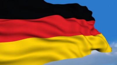 Στο κόκκινο η Γερμανία λόγω κορωνοϊού - Υποχρεωτική η χρήση μάσκας σε 12 πόλεις