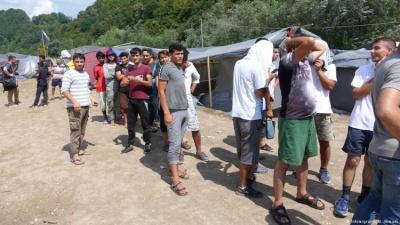 Βοσνία: Χιλιάδες μετανάστες αναζητούν το ευρωπαϊκό όνειρο μέσω Κροατίας