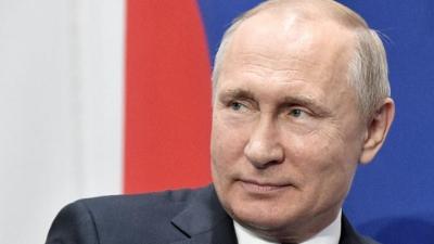 Ρώσος Ιστορικός: Ο Putin φοβάται μην έχει το τέλος του Gaddafi, καταπιέζει για να υπάρχει