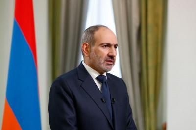 Αρμενία: Ο πρωθυπουργός Pashinian κρύβεται σε καταφύγιο εν μέσω οργισμένων διαδηλώσεων