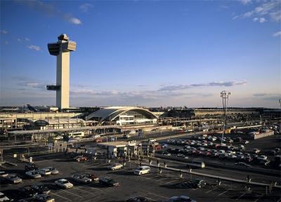 ΗΠΑ: Παρατείνονται τα μέτρα - Απαγορεύονται οι πτήσεις για 26 χώρες της Ευρώπης, ανάμεσά τους και η Ελλάδα