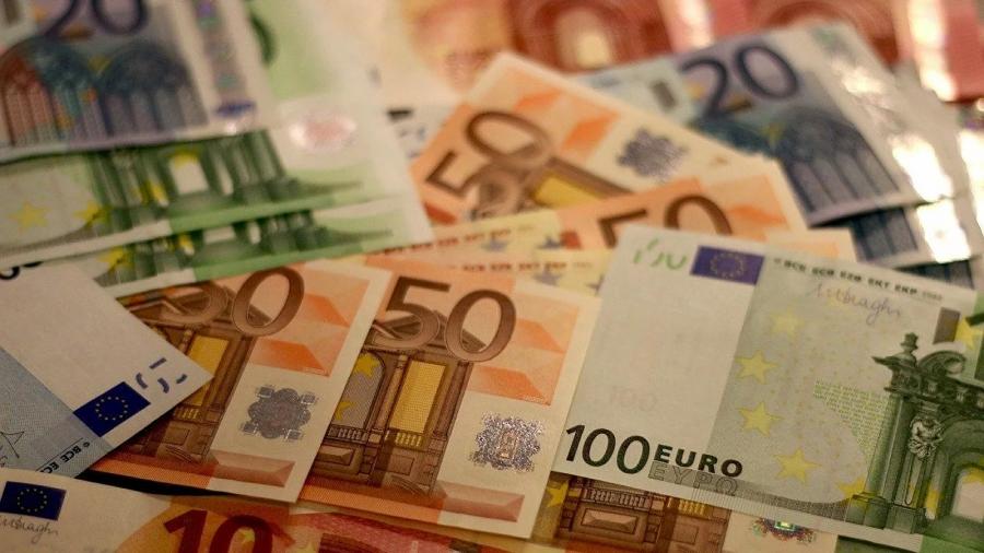 Αναστολές Απριλίου: Πότε αναμένεται η πληρωμή των 534 ευρώ