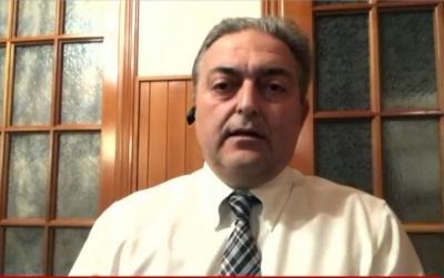 Βασιλακόπουλος: Επιδημιολογικά, δεν είμαστε σε θέση να ανοίξουμε τη χώρα