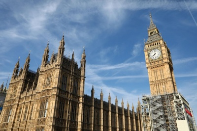 Βρετανία: Σε άκρως χαμηλά επίπεδα ο δείκτης ΡΜΙ, στις 13,8 μονάδες τον Απρίλιο 2020