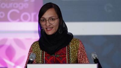 Σοκάρει η πρώτη γυναίκα δήμαρχος του Αφγανιστάν: «Είμαι εδώ, περιμένω τους Taliban να έρθουν να με σκοτώσουν»
