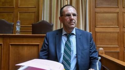 Γεραπετρίτης: Πρόβλεψη για εμβολιασμό 1 εκατ. Ελλήνων τον μήνα - Ίσως η ΕΕ να αναθεωρήσει το χρονοδιάγραμμά για την έγκριση του εμβολίου