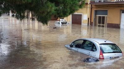 Ιταλία: Τουλάχιστον 10 νεκροί από την κακοκαιρία που πλήττει τη Σικελία