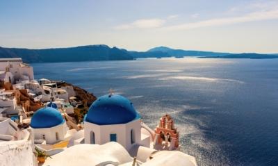 Τουρισμός: Στα 6 δισ. ευρώ το ταξιδιωτικό πλεόνασμα στο 8μηνο - Άφιξη 4 εκατ. τουριστών τον Αύγουστο