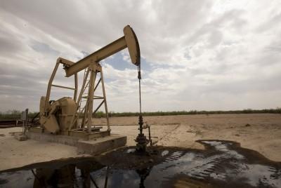 ΗΠΑ: Μειώθηκαν οι πλατφόρμες εξόρυξης πετρελαίου, στις 180