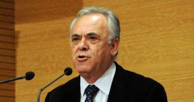 Δραγασάκης: Όσα σχεδιάσουμε το επόμενο διάστημα θα καθορίσουν την πορεία της χώρας τα επόμενα χρόνια