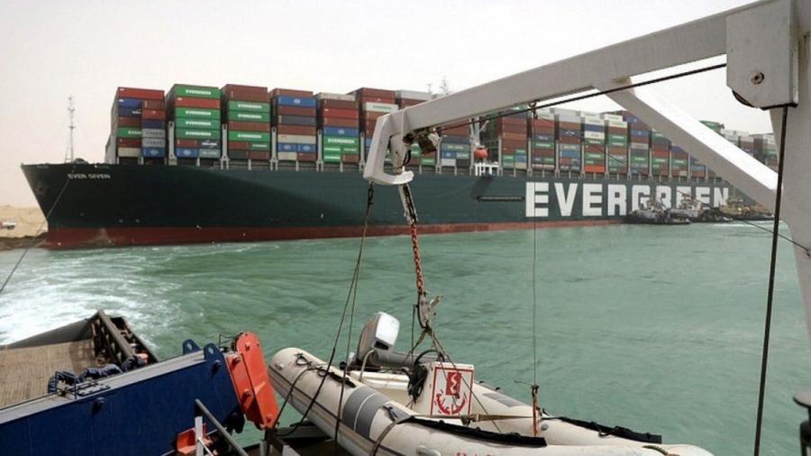 Ever Given: Η ασφαλιστική δεν πληρώνει 600 εκατ. δολάρια για το μπλοκάρισμα της Διώρυγας του Σουέζ
