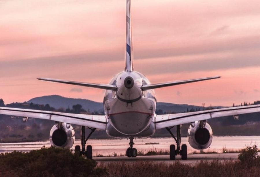 Παρατείνονται οι περιορισμοί στις πτήσεις εσωτερικού - Έως 14/5 μόνον οι ουσιώδεις μετακινήσεις