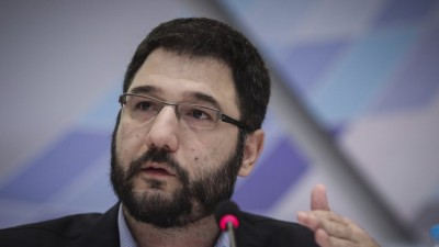 Ηλιόπουλος: Η κυβέρνηση του Μητσοτάκη παίζει τη δημόσια υγεία στα ζάρια