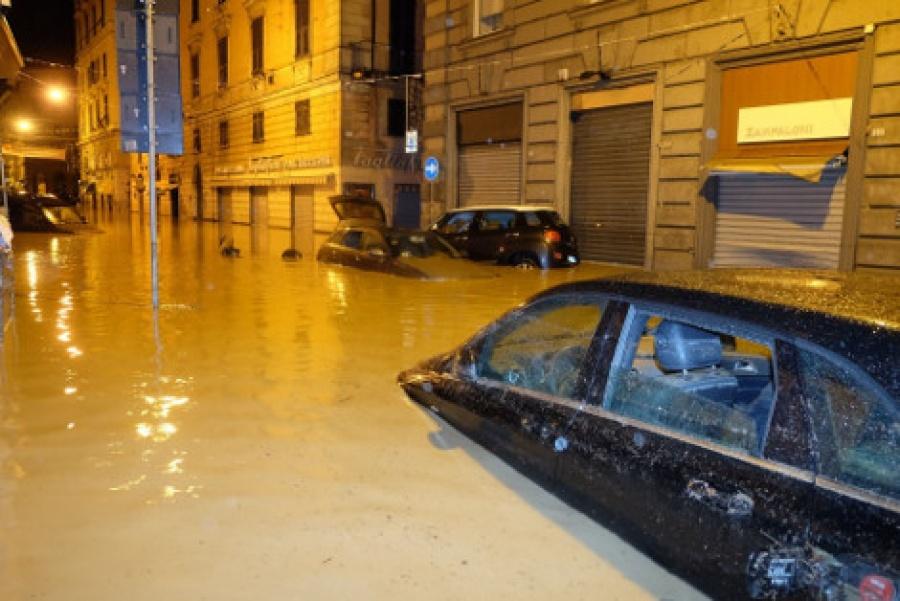 Ιταλία: Νεκρή βρέθηκε η γυναίκα το αυτοκίνητο της οποίας παρασύρθηκε από τα νερά ποταμού