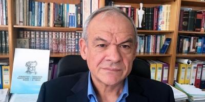 Μανωλόπουλος (Καθ. Φαρμακολογίας): Μακράς διαρκείας τα συμπτώματα κορωνοϊού στα παιδιά - Από Σεπτέμβριο η γ' δόση
