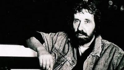 Απεβίωσε σε ηλικία 81 ετών, ο τραγουδιστής Αντώνης Καλογιάννης