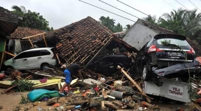 Υπ. Εξωτερικών: Δεν υπάρχουν Έλληνες στα θύματα του τσουνάμι - Συλλυπητήρια στον λαό της Ινδονησίας