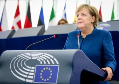 Merkel (Γερμανία): Κινδυνεύει το μέλλον της αυτοκινητοβιομηχανίας χωρίς παραγωγή ημιαγωγών στην ΕΕ