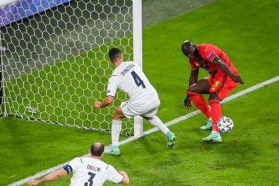Βέλγιο – Ιταλία 1-2: Μοναδική χαμένη ευκαιρία για τον Λουκάκου! (video)