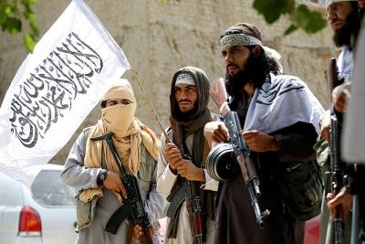 Αφγανιστάν: Ταλιμπάν κρέμασαν σε κοινή θέα πτώματα φερόμενων απαγωγέων στην Χεράτ, προς γνώση και συμμόρφωση