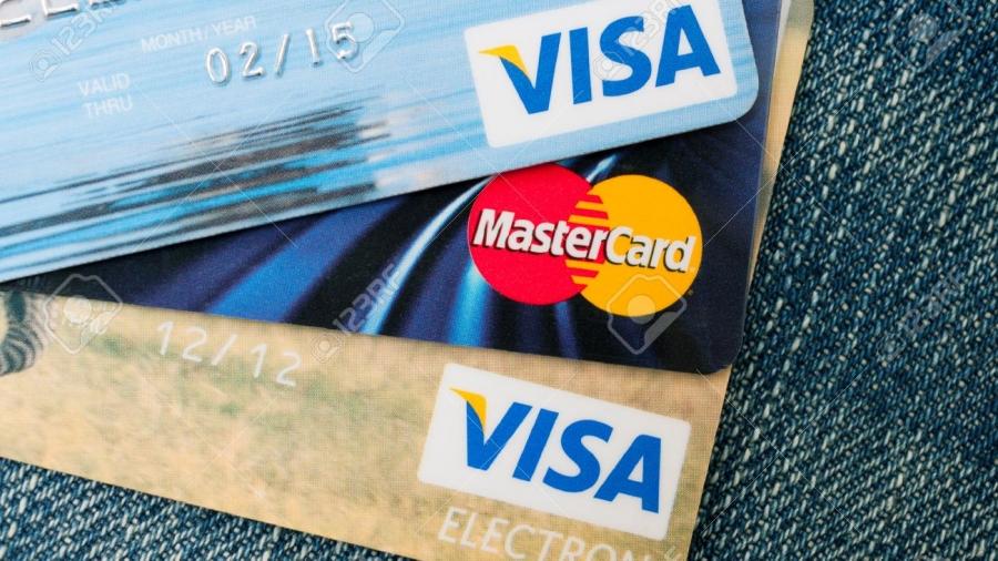 «Θησαυρός» οι αχρησιμοποίητες κάρτες ταξιδιωτικών ανταμοιβών
