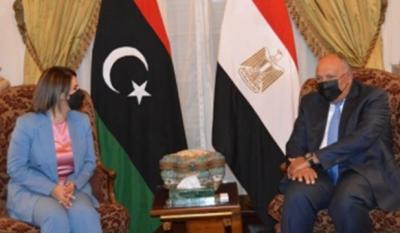 Shoukry (Αίγυπτος): Ζήτησε εκ νέου την αποχώρηση των ξένων στρατευμάτων από τη Λιβύη