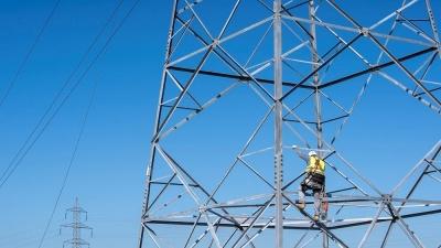 ΑΔΜΗΕ: Σχέδιο Β΄ για την ηλεκτροδότηση των Βορείων Προαστίων  λόγω της πυρκαγιάς στη Βαρυμπόμπη