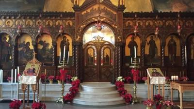 Χαλκιδική: Επεισόδια σε εκκλησία και πρόστιμο σε ιερέα που λειτουργούσε με πιστούς