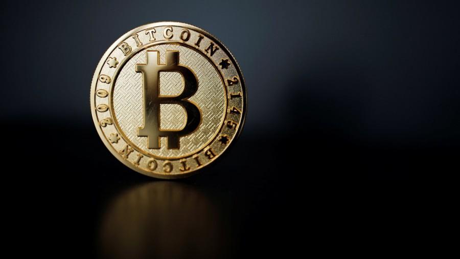 Ανακάμπτει στα 19.300 δολ. το bitcoin, ψήφος εμπιστοσύνης από Guggenheim