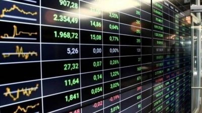Λίγο μετά το άνοιγμα του ΧΑ – Συσσώρευση με το βλέμμα στις ξένες αγορές