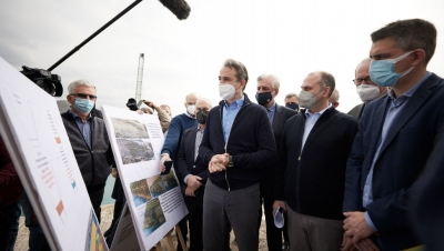 Στη Διώρυγα της Κορίνθου ο Πρωθυπουργός - Ενημερώθηκε για το σχέδιο αποκατάστασης