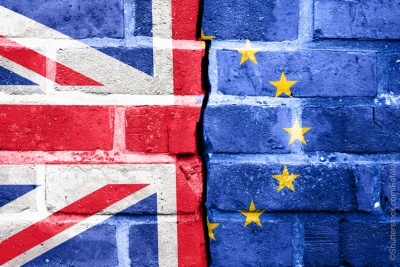 Brexit: Χωρίς μεγάλες φιλοδοξίες, επαναλαμβάνονται οι συνομιλίες Βρυξελλών - Λονδίνου