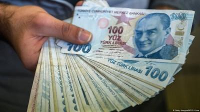 Νέα άνοδος της τουρκικής λίρας 0,5%, με ώθηση από τη συμφωνία με τη Βρετανία