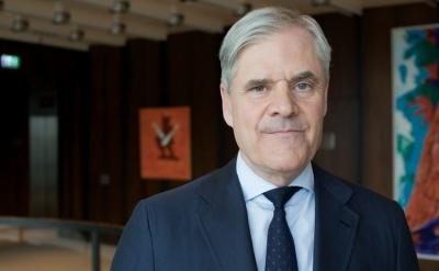 Dombret (πρώην στέλεχος Bundesbank): Επιλύσιμη η διαφωνία Γερμανίας - ΕΚΤ για το QE αλλά θα οδηγήσει σε πολιτικά προβλήματα