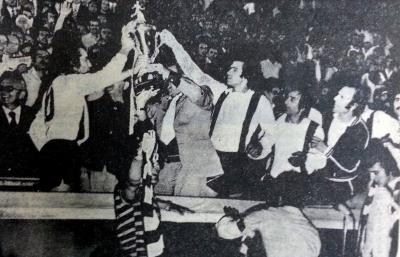 Κύπελλο Ελλάδας: Ο πρώτος τελικός που πήγε στα πέναλτι και η γούρικη φανέλα για τον ΠΑΟΚ που... απέρριψε η Νιούκαστλ! (video)
