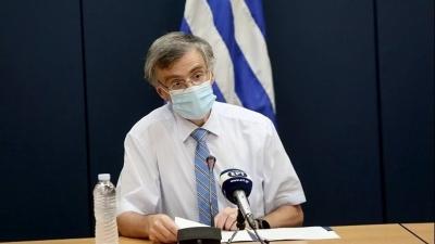 «Επιστράτευση» Τσιόδρα - Έκτακτη ενημέρωση για το εμβολιαστικό πρόγραμμα - Στις 13:00 οι ανακοινώσεις