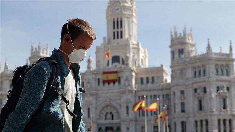 Ισπανία - Κορωνοϊός: Νέο ρεκόρ 94.000 κρουσμάτων το Σαββατοκύριακο, άλλοι 767 άνθρωποι έχασαν τη ζωή τους