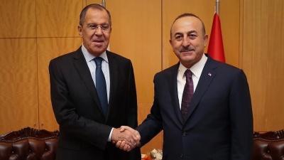 Σύμπνοια Lavrov και Cavusoglu για συντονισμό δράσης στη ΒΑ Συρία