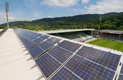 Bundesliga: Η μικρομεσαία Φράιμπουργκ έχτισε, έναντι 76,5 εκατ. ευρώ, το πιο οικολογικό γήπεδο του πλανήτη
