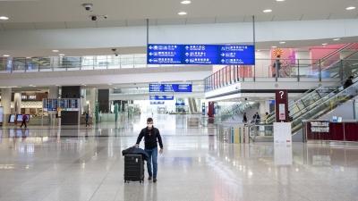 """Περιορισμοί στα ταξίδια της ΕΕ σε ζώνες """"σκούρου κόκκινου"""""""