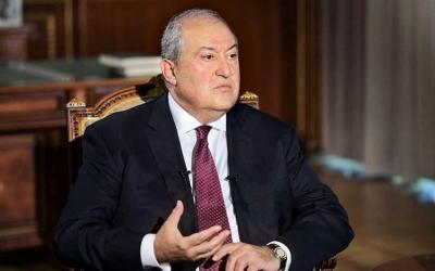 Στο νοσοκομείο μετά από επιπλοκές λόγω κορωνοϊού ο πρόεδρος της Αρμενίας, Armen Sarkissian