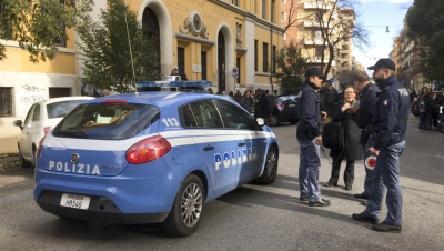 Σοκ στην Ιταλία – Ένοπλος πυροβόλησε και σκότωσε δύο παιδιά και έναν ηλικιωμένο